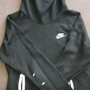 Nike Sweaters - Nike sweater women's